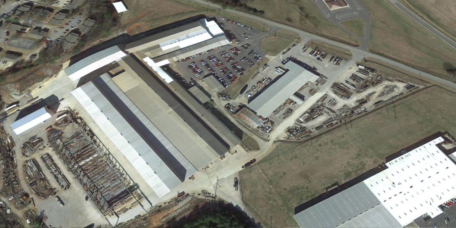 400,000 sq/ft Covering 15 acres Operating Capacity